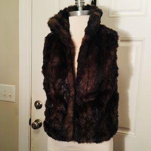 New Directions Faux Fur Vest size S